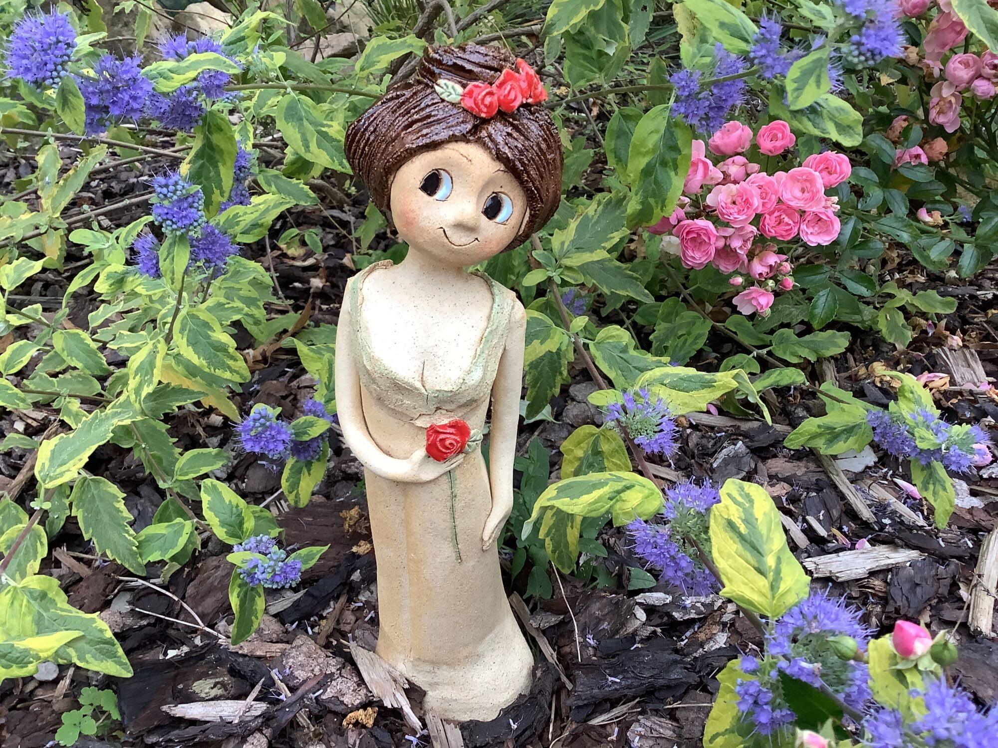 růže růženka květ socha figura Keramická víla