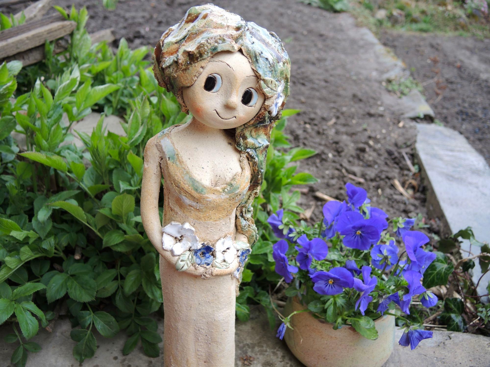 lesni víla květina strom keramika andee socha