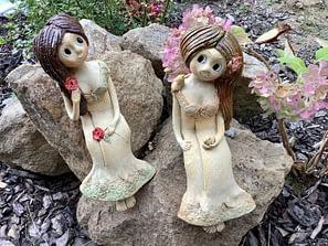 Keramická víla figura dívka soška dekorace zahrada motýl květiny louka keramikaandee