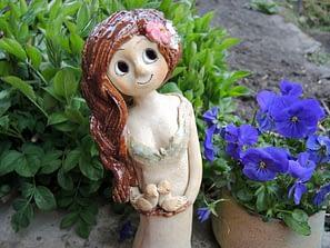 víla šípková růže květiny stojící dekorace zahrada dům keramika andee ptáčci ptáček hnízdo