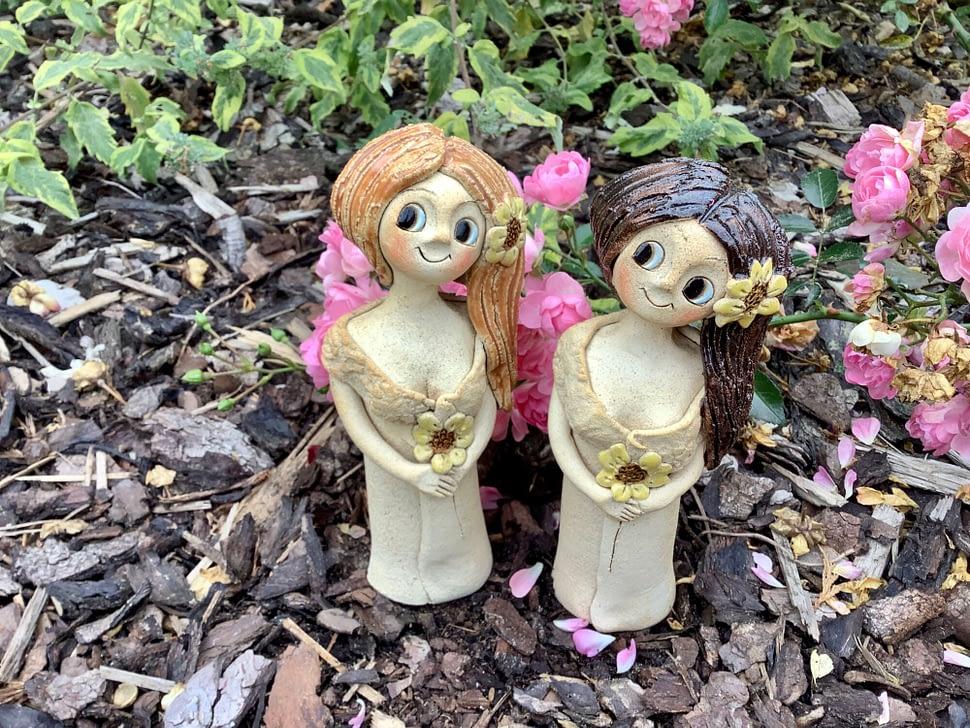 Keramicka víla soška dívka dekorace slunecnice květ stojici keramikaandee zahrada pro radost