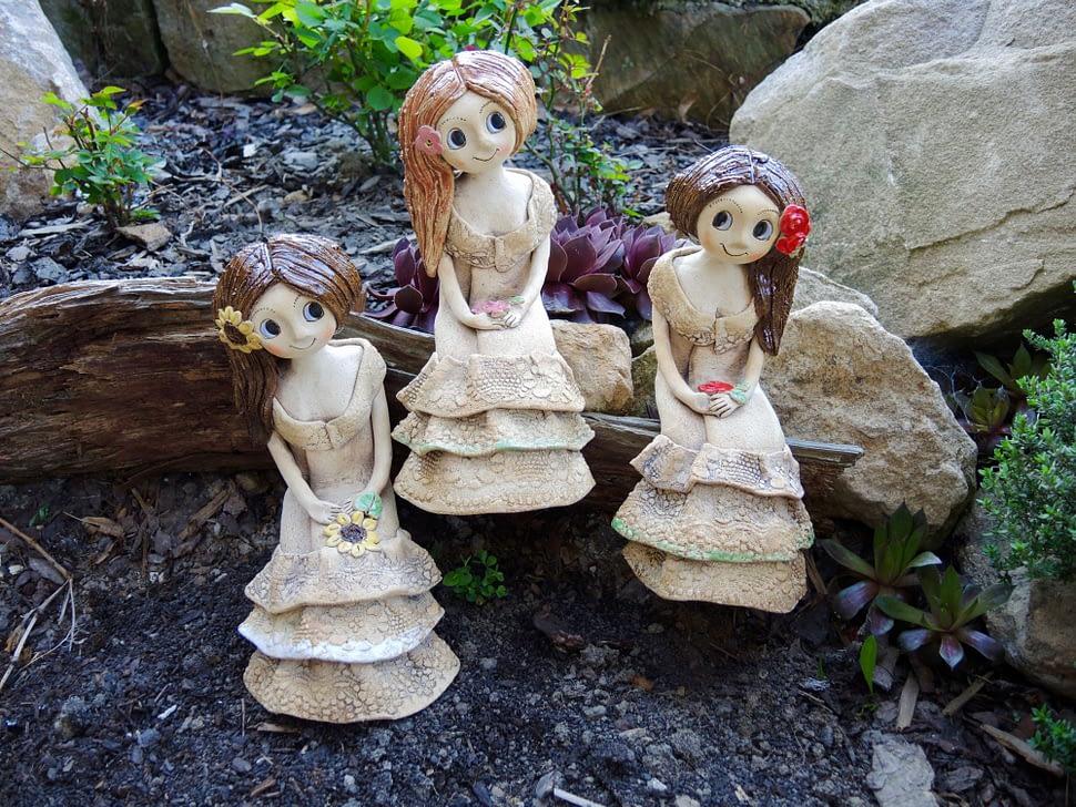 Víla přes roh sukýnka květina keramika andee