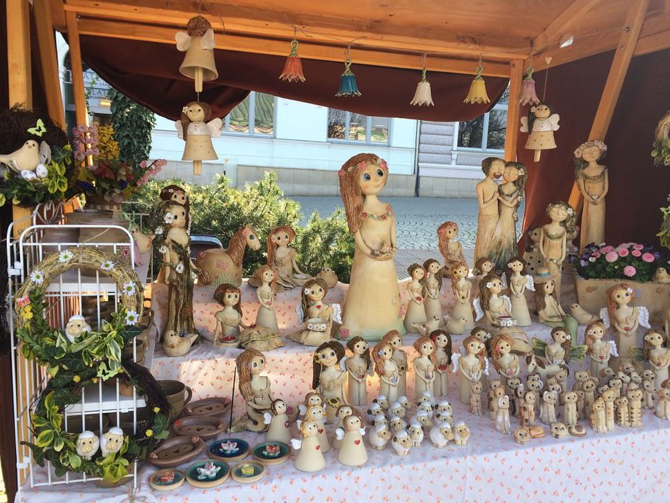 trhy jarmarky stánek keramika andee