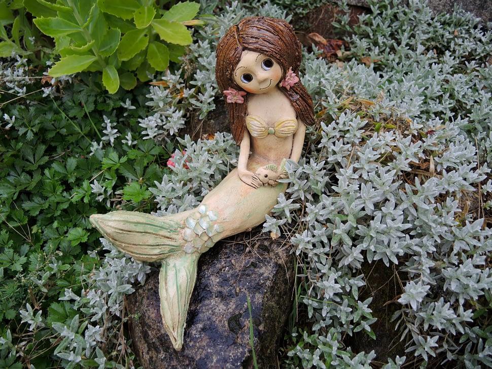 mořská víla panna rybka ocásek leknín lotos dívka kapřík zahrada dekorace keramika andee