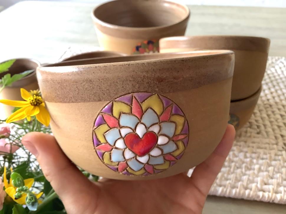 miska, mandala nadobroty napolévku srdce ornament ruční práce hrnčířský kruh spirála