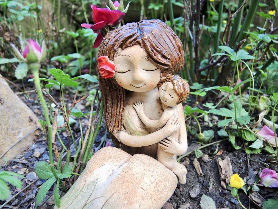 dívka víla mateřství holčička dítě něžnost keramika andee