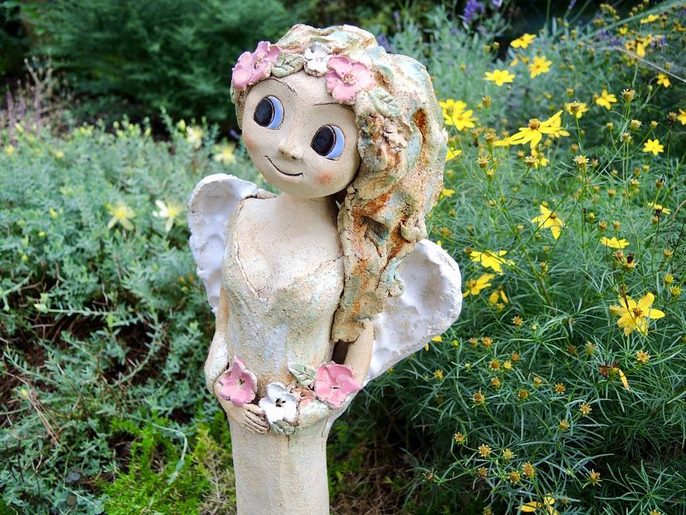andělka křídla vysoká koruna květy něžnost keramika andee