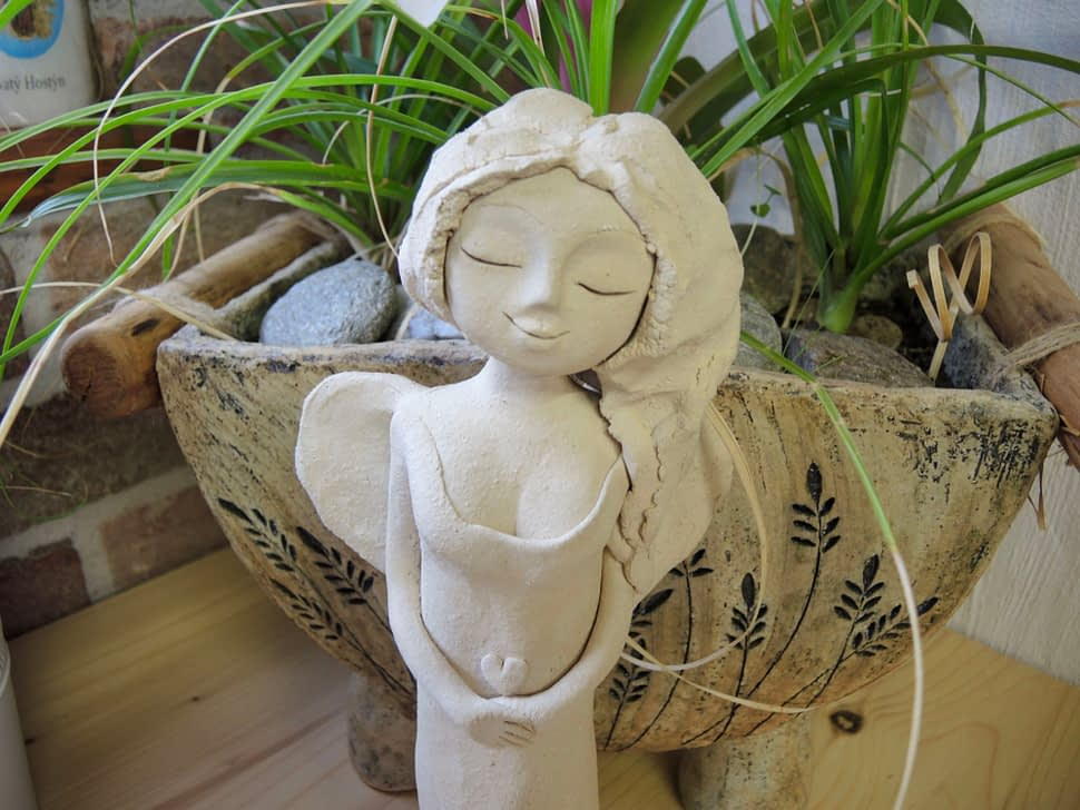anděl andělka dekorace soška keramika domov keramikaandee srdce