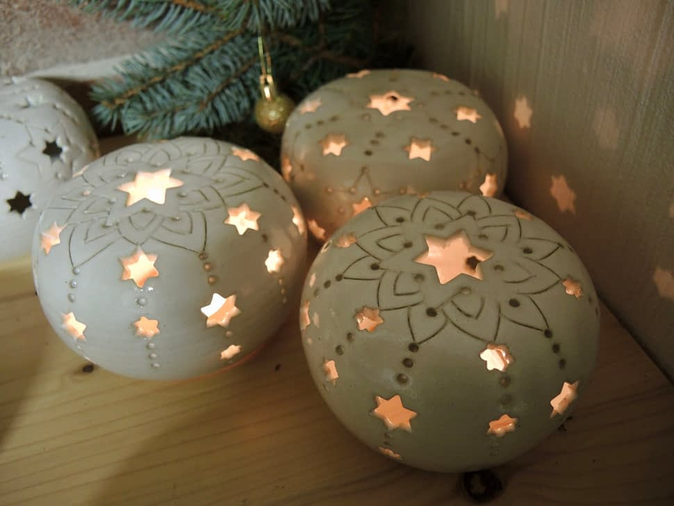lampa lampička koule bílá hvězda světlo vánoce keramika mandala keramikaandee dekorace